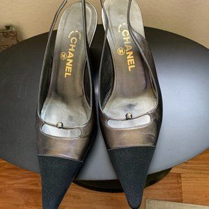 Chanel Gray satin/leather slingback heels US8/EU38